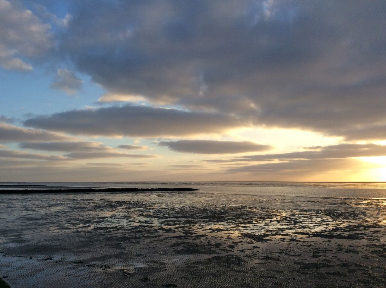 sea, beauty in nature, sunset, scenics, tranquility, water, tranquil scene, nature, cloud - sky, sky, horizon over water, no people, idyllic, beach, outdoors, day