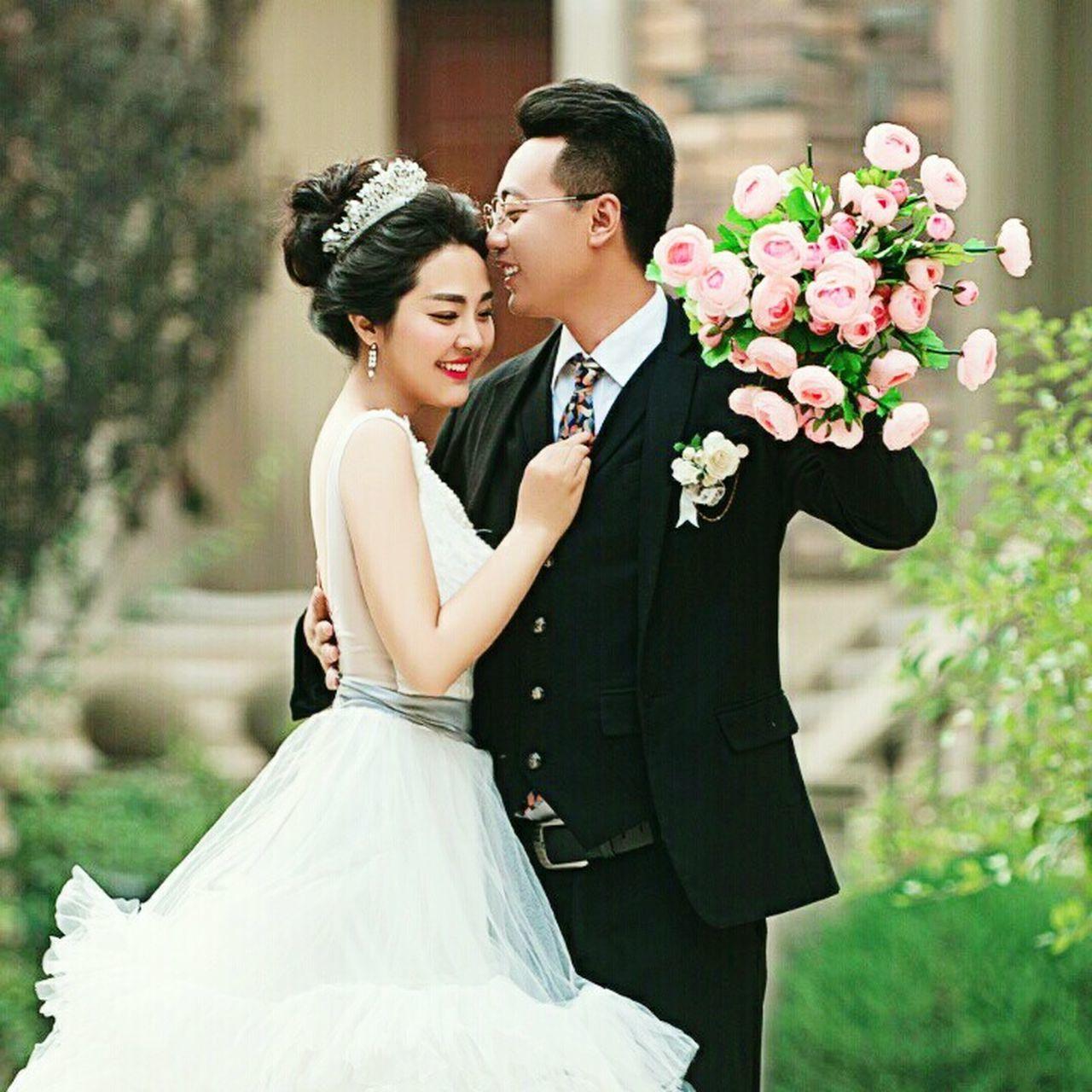 结婚一周年,纪念日。