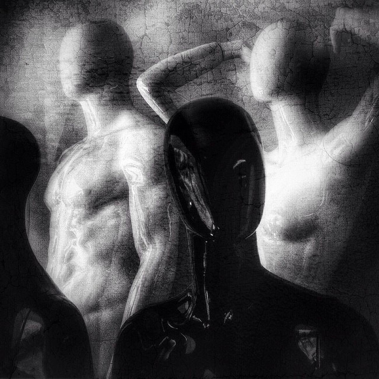 cyborgs Igsomniacs Insta_noir Bnwlife_member Mobgraphia Monoart_ Twenty20 Elgrammuseum Shootermag_brasil