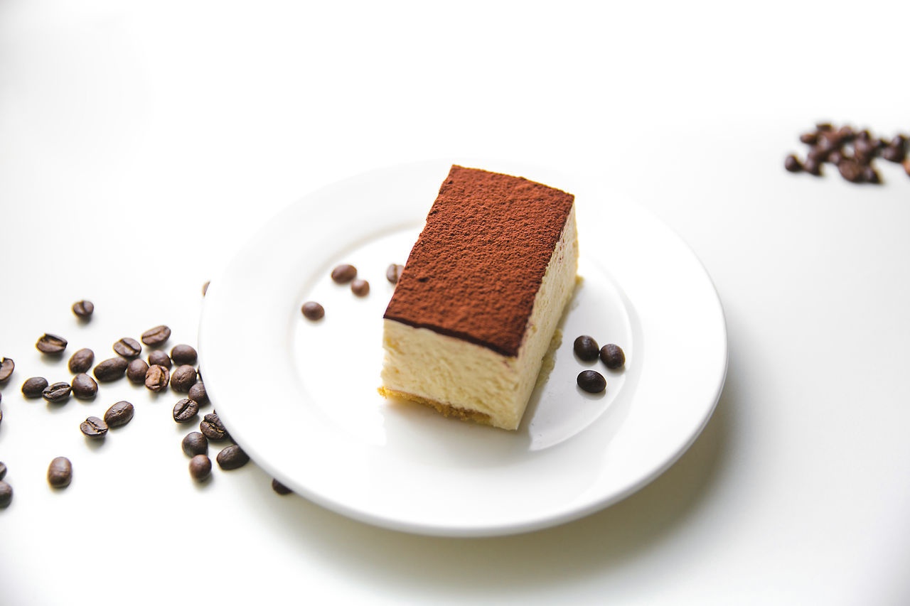 Brown Cake Time Coffee Time Dessert Food And Drink Food Photography Food Photography Photos Green Tea No People Ready-to-eat Sweet Food Ti Racconto Firenze Tiramisu