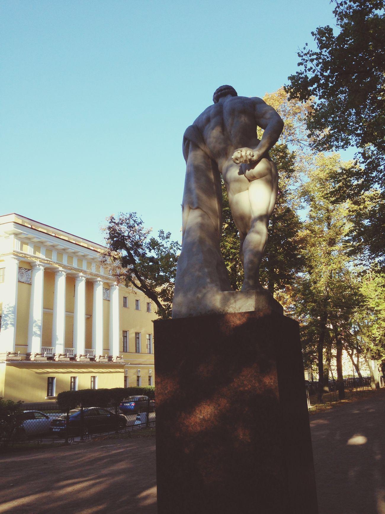 Saint Petersburg Garden Hercules Autumn