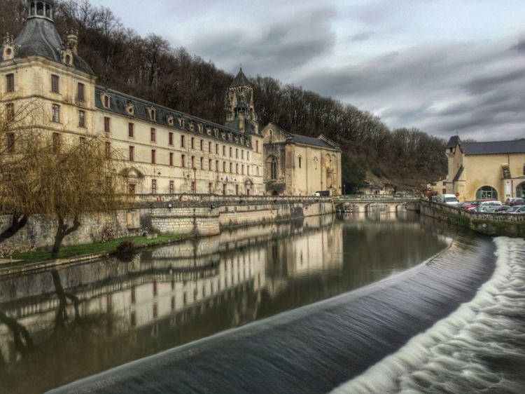 Watered Check This Out Water Reflections Ancient Building Old Rocks And Water Long Exposure Abbey Tree Reflection Mirror IPhoneography