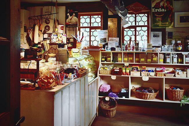 Sweetsshop Sweets Sweet Shop Sweetsshop Vintage Vintage Shopping Süßigkeiten Laden