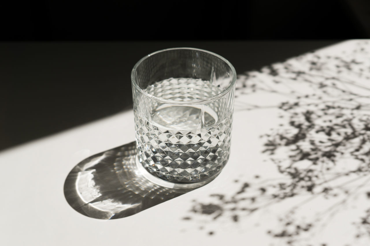 Beautiful stock photos of light,  Drinking Glass,  Falling,  Glass - Material,  Indoors