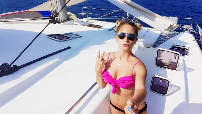 Yatchlife Transportation Mode Of Transport Young Adult Lifestyles Sunglasses Casual Clothing Summer Journey Vacations Young Women Sailing Sea