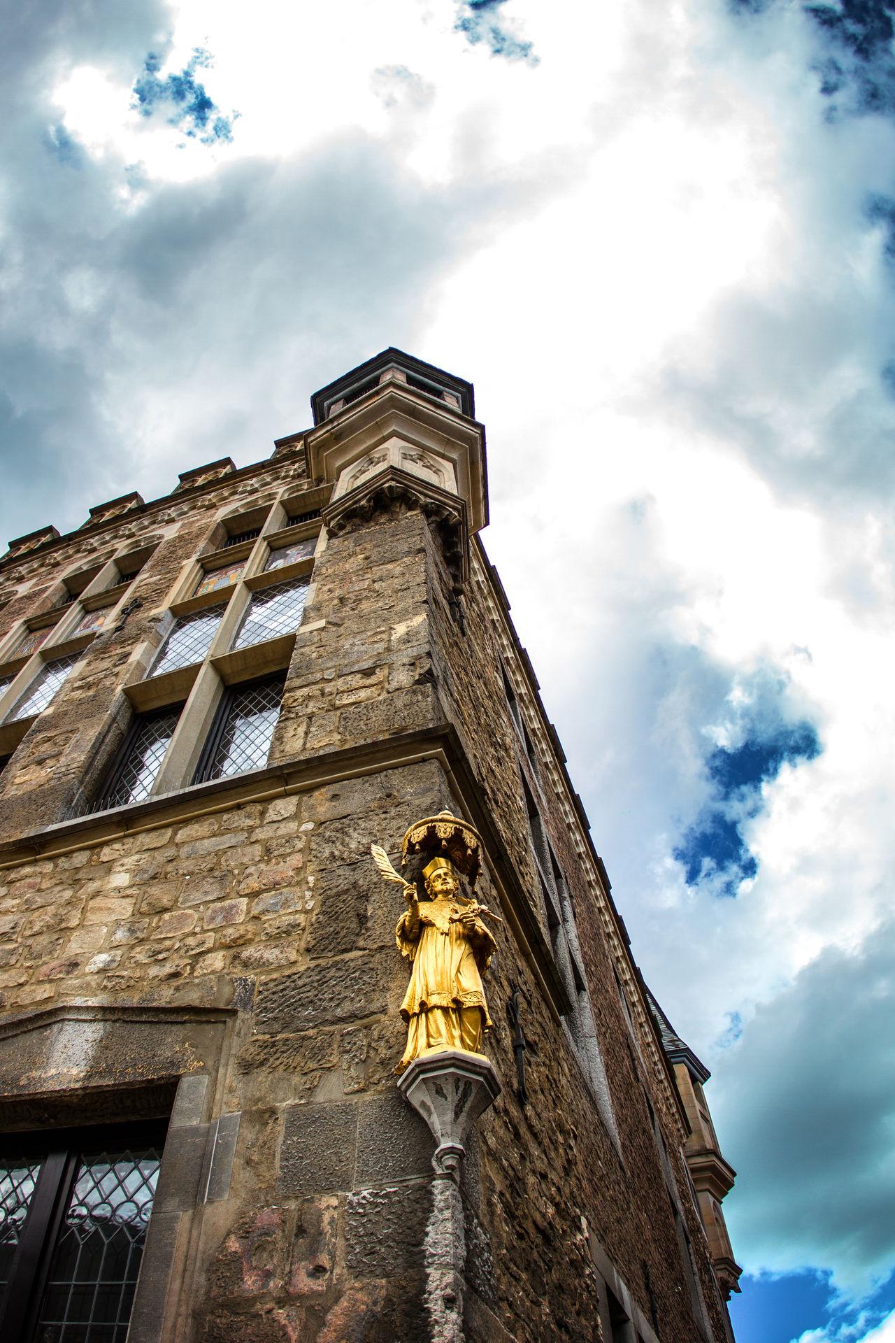 Aachen Hello World KingKarl Gold Golden World Heritage Heritage Germany Streetphotography Streetart