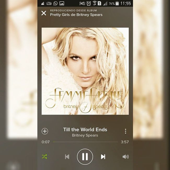 Peopple dance in till the world ends '🎶🎧🎶 Femmefatale Britneyspears Music Spotify instamusic