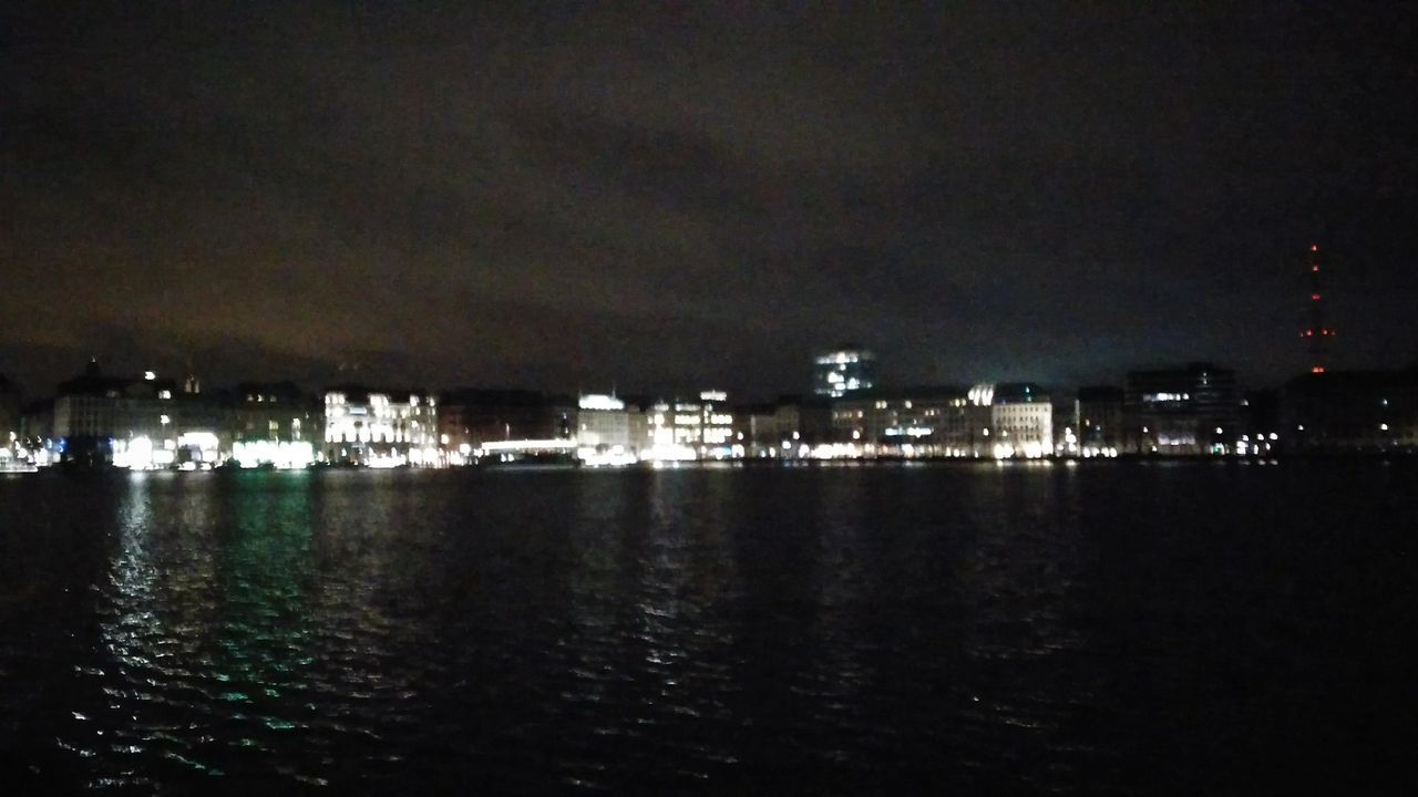 The Binnenalster quite Grainy at Night. · Hamburg Germany 040 Hh Hanseatic Alster River City Center Cityscape Urban Landscape Architecture City Lights Night Lights Horizontal Geometry Reflection Light And Shadow Night Photography Low Quality