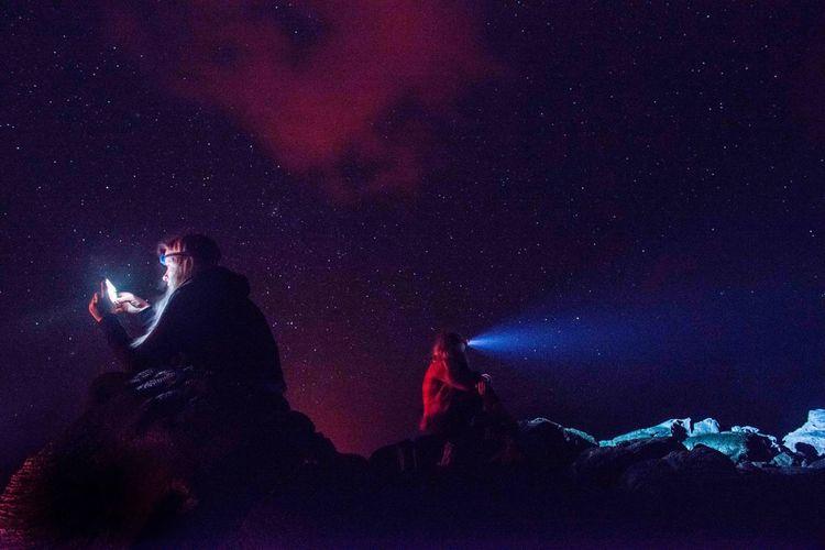 Mobile Conversations Starry Night Long Exposure Snapchat Volcanonationalpark Hawaii Bigisland Lava Glow Luckywelivehawaii HiLife Nightphotography Calimadephotography Calimade818