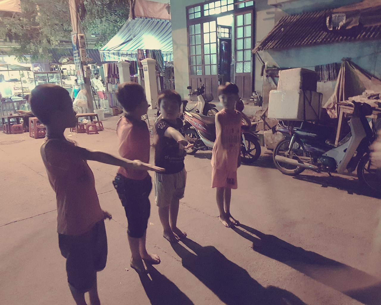 Hot Summer Night Boys Boys At Play Vietnam Hoi An Old Town