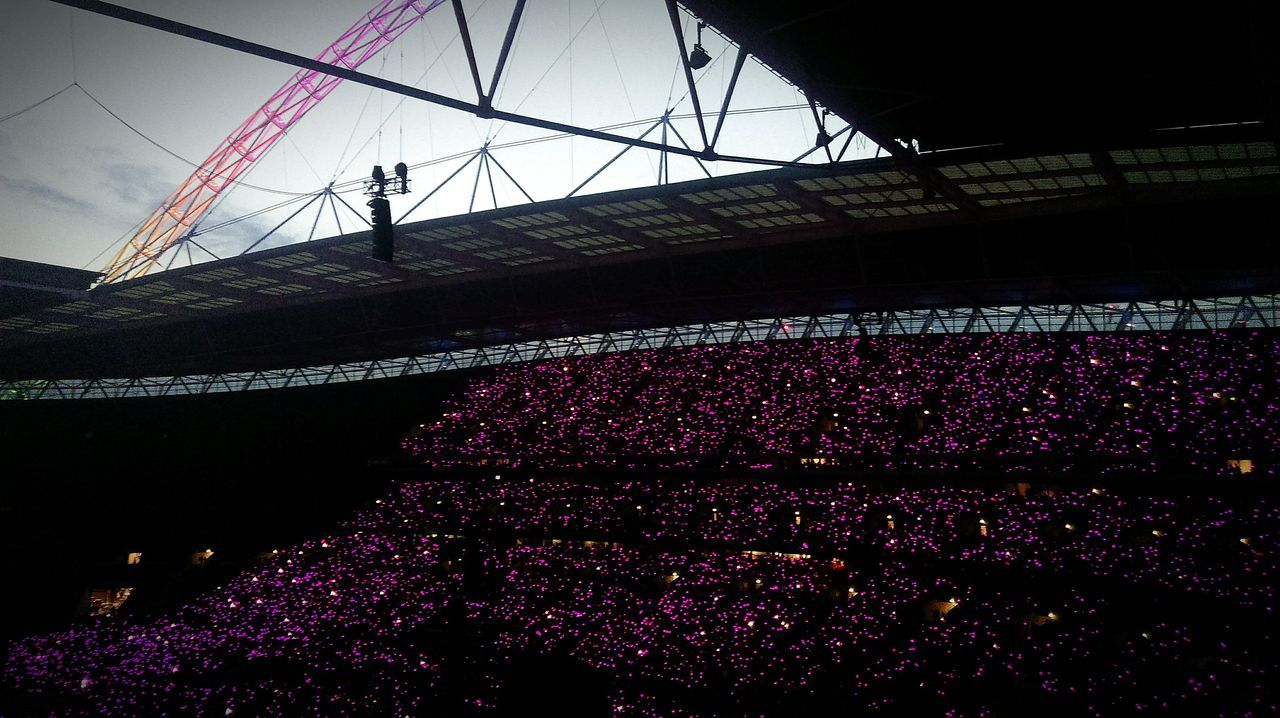 Coldplay Concert  at Wembley Stadium London Coldplay Live Music Pink Pink Lights Phone Photography HTC One