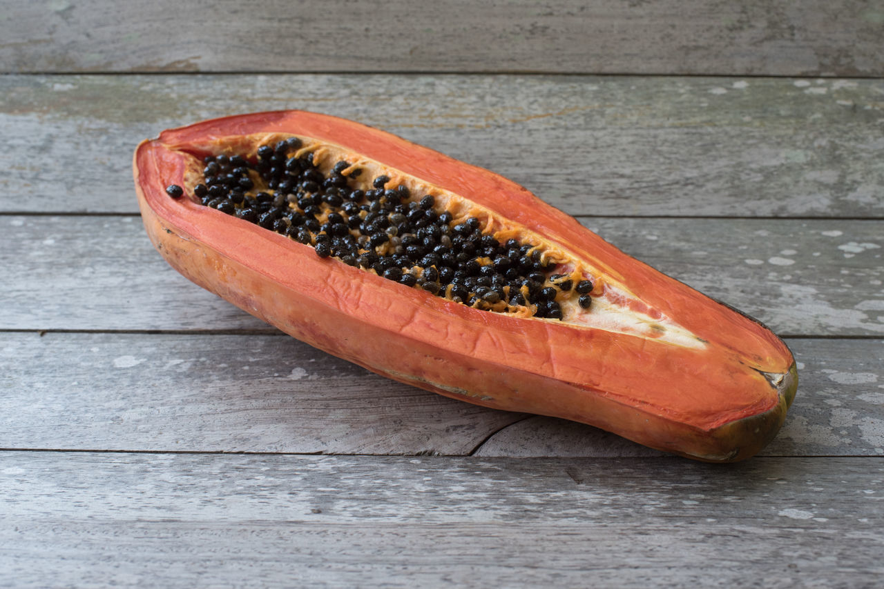 Papaya almost rotten Appetizing  Asian Food Delicious Food Dietfood Eat Food Fruit Half Nutrition Organic Papaya Rotten Seed Slices Sweet Tropical Fruits