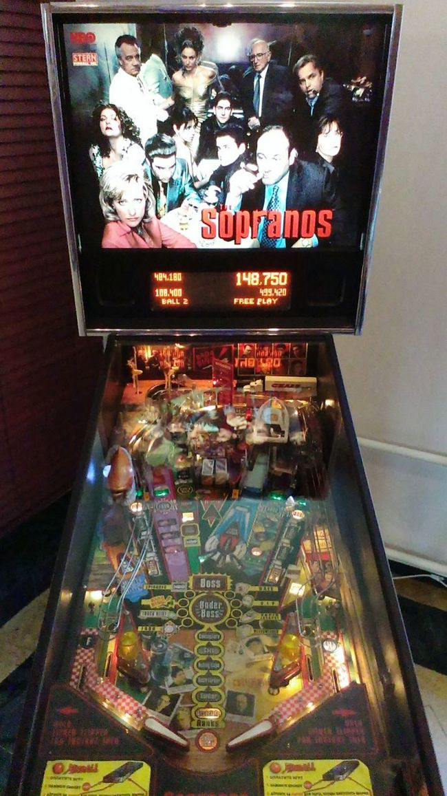 Pinball Slot Machine Tv Series Sopranos Restaurant ресторан  Game Васильевский остров Bad Camera