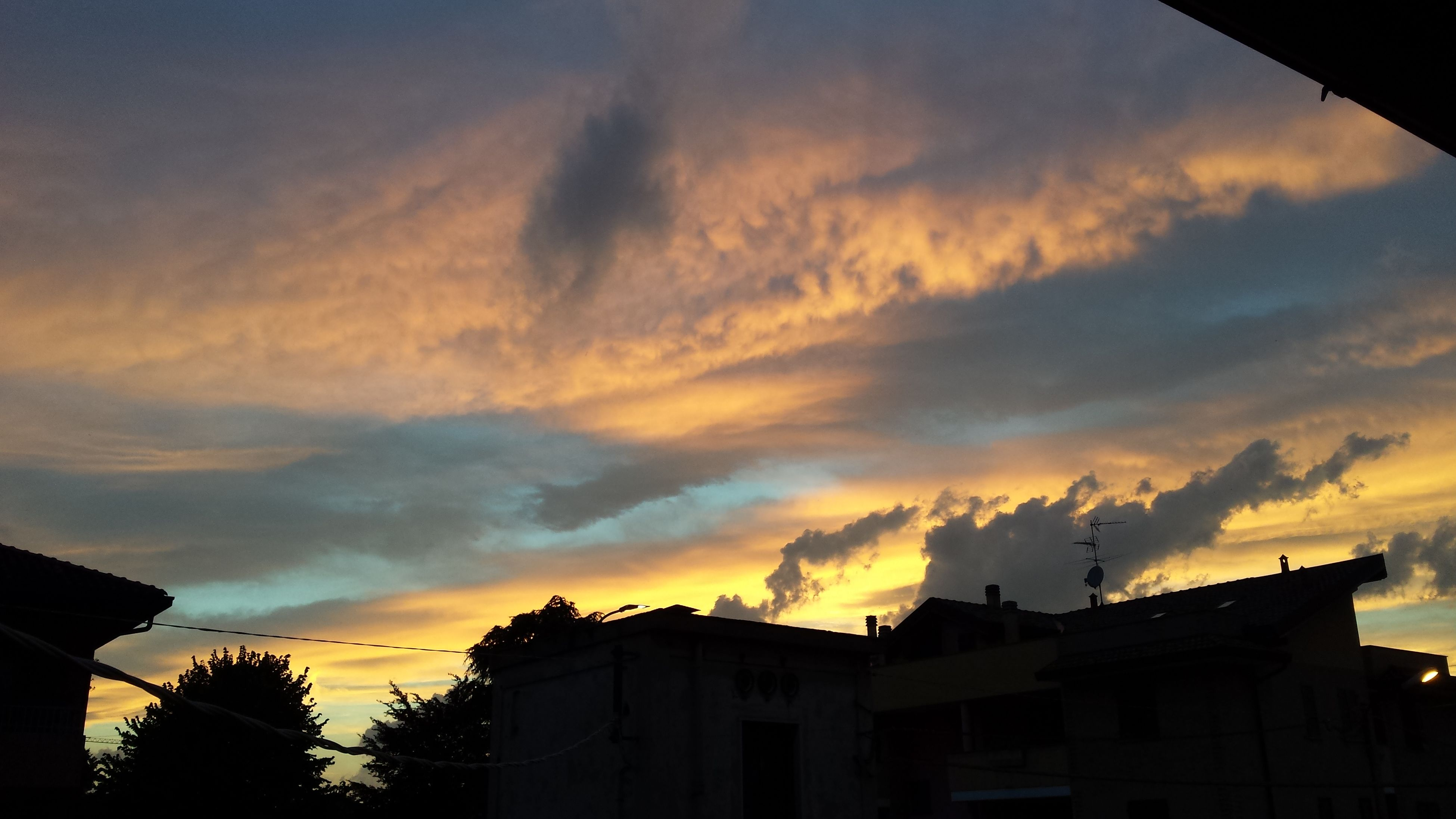 Sunset Silhouette House Built Structure No People Building Exterior Cloud - Sky Tree Outdoors Architecture Sky Nature Day Italy 🇮🇹 No Edit/no Filter Skyandclouds