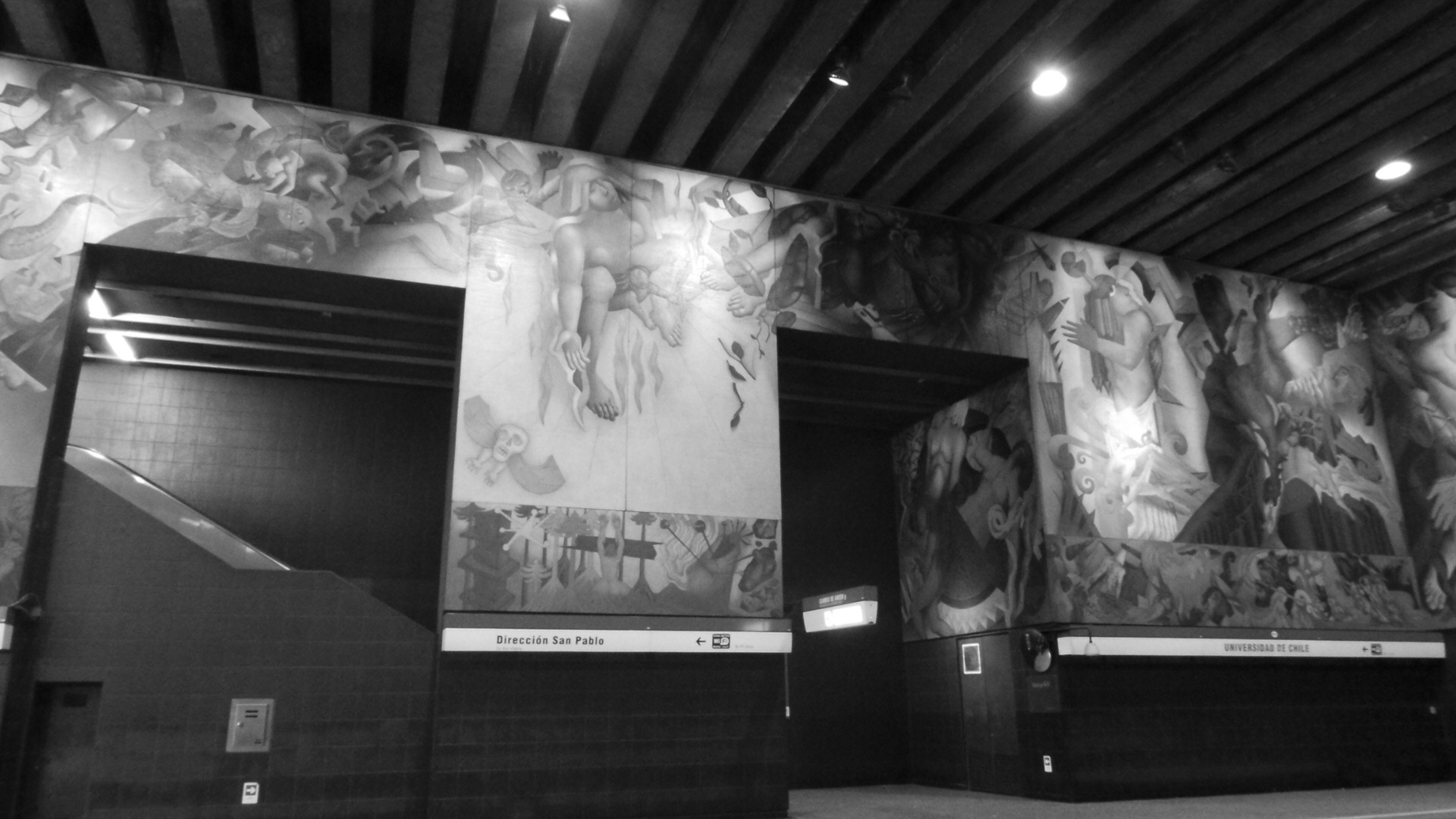 Metro De Santiago,univercidad De Chile.