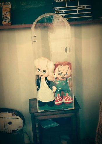 True love 😄 Indoors Chuckie Bride And Groom horror movie Store Window Store No People Day Close-up dolls