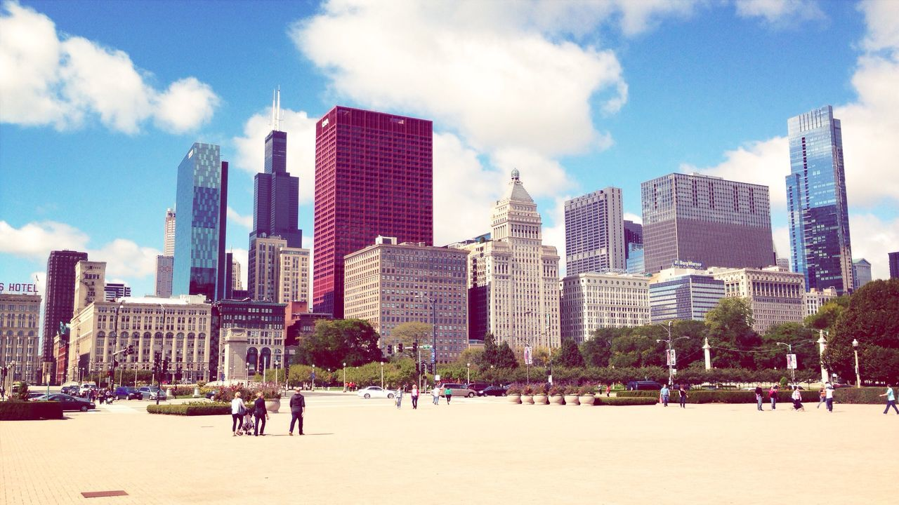 Chicago. Sunny Cityscape Skyscrapers Skyline