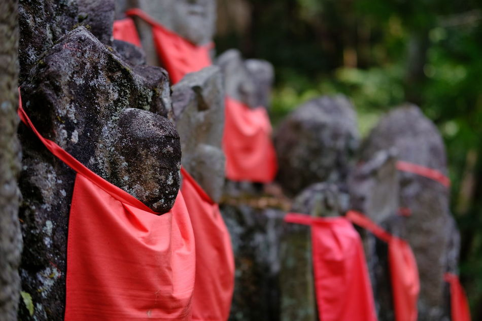 Adult Day Jizo Jizobosatusu Outdoors People Religion Spirituality Statue Stonestatue 地蔵