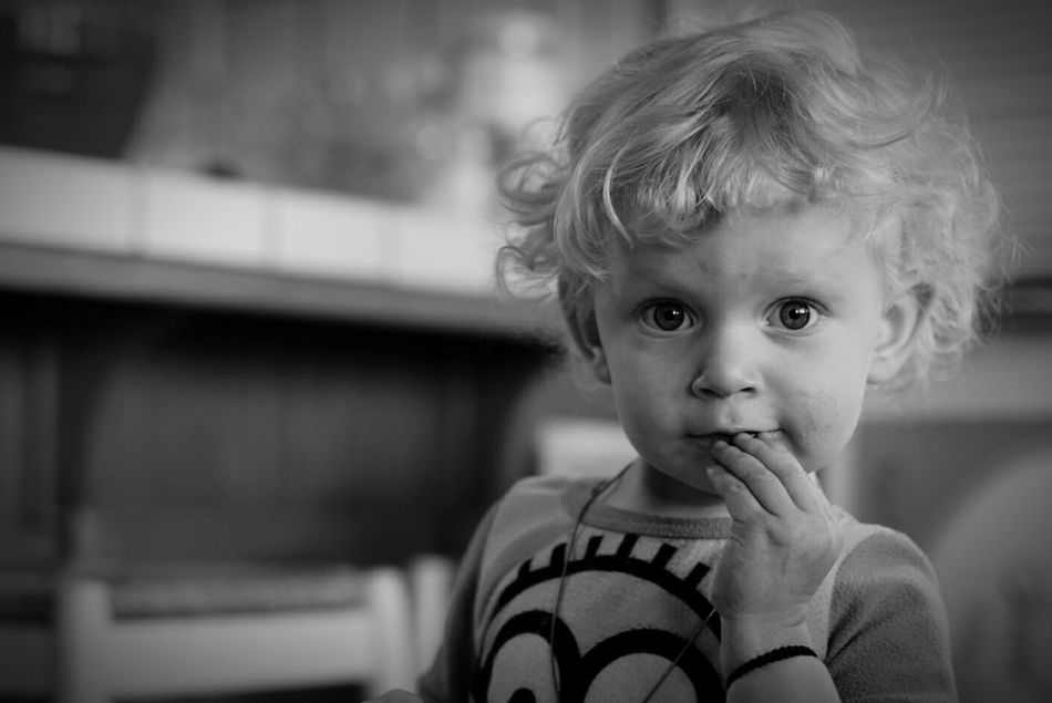 My niece... Dirty face as usual Girl Niece  Child Children Children Photography Children's Portraits Kid Kids Messy Hair Cute Little Dirty Face. ;) Precious Pretty Girl Sigma 50mm F1.4 DG Black And White Collection  Portrait Family Black & White Black And White Photography Blackandwhite Black&white Monochrome Black And White 1.4 Sony A77ii Everyday Emotion