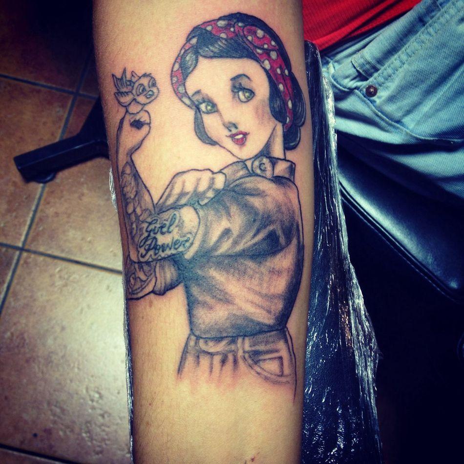 Getting Inked Biancaneve snowhite No Pain, No Gain Tattoo
