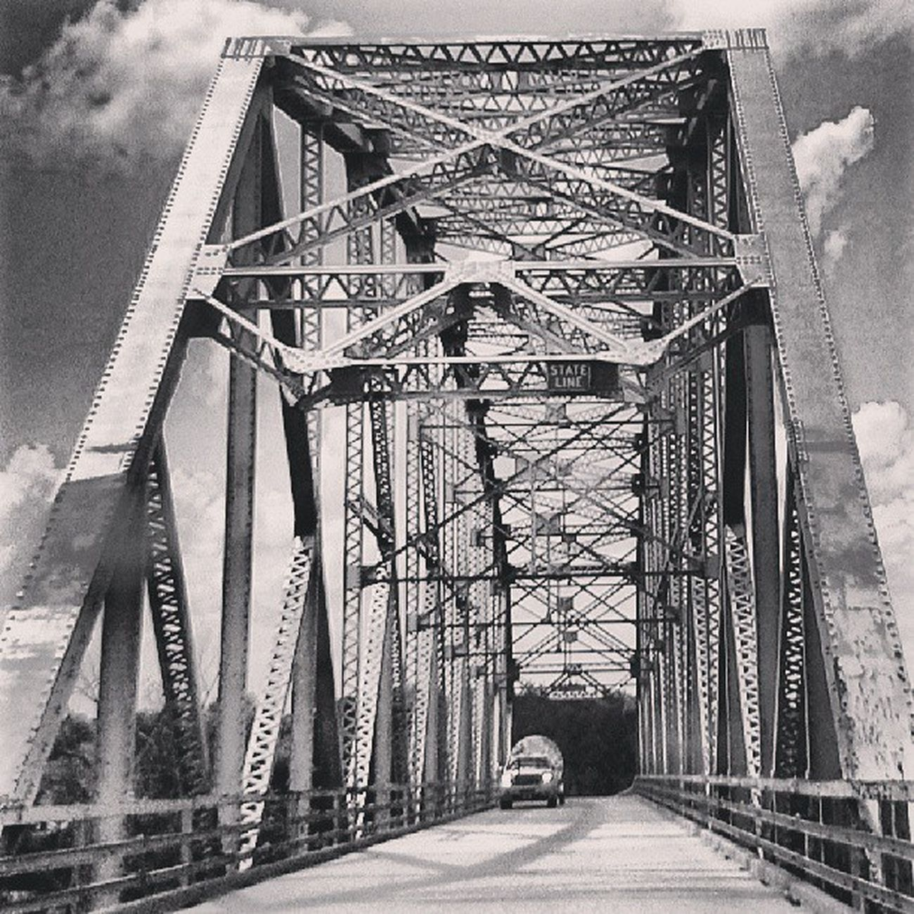 Structure Bridge Photooftheday Bnw Shotoftheday Form Missouri Nebraska Formation Bnwbutnot Bnw_life Bnw_life_invite Denvertography Bnwalma Pixoddinary Pixoddinary_c6 Bnw_stingray Power_group Bnwphotooftheday Power_bnw Underdogs_bw Udogbw_bridges Rulo StateLine Denvertography_trans Missouririver Heyfred_itsabridge