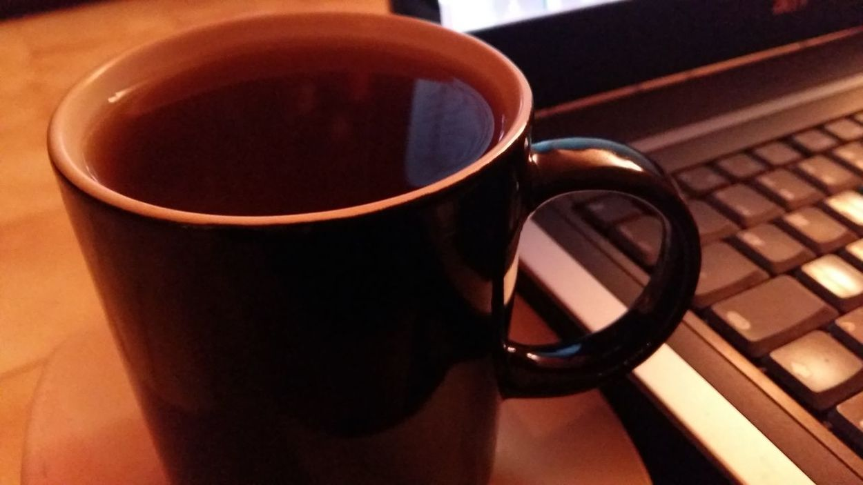 Drink Close-up Refreshment High Angle View Table No People Mug Tea - Hot Drink Indoors  Freshness Day Relaxing Moments Laptop Working Home