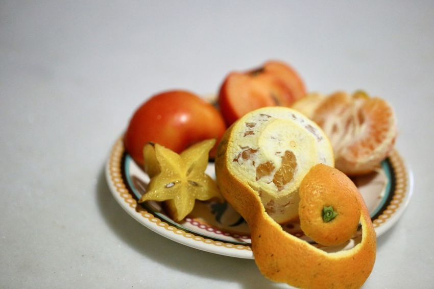 Breakfast fruits! Apple Close-up Delicious Food Freshness Freshnesss Fruits Healthy Eating Nature_collection No People Orange Orange Color Plate Ready-to-eat Scenics Star Fruit  Still Life Tangerines Tropical Fruits Vitamines