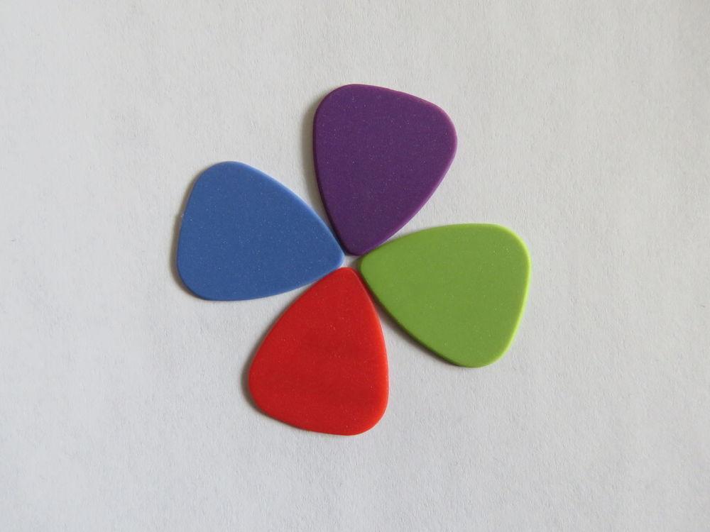 Guitar picks Blue Close-up Colors Colors Of Music Colours Colours Of Music Day Flower Green Guitar Guitar Pick Guitar Picks Multi Colored Music Musician Musik No People Pick Picks Plecs Plectrum Plektren Plektrum Purple Red TakeoverMusic