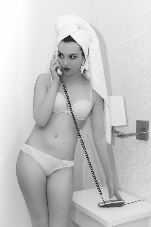 Hello? Beautiful Boudoir Photography Beautiful Woman Beauty Bedroom Black And White Blackandwhite Blancoynegro Boudoir Brunette Girl Human Body Part Indoors  Monochrome Phone Portrait Towel Underwear😈 Young Women