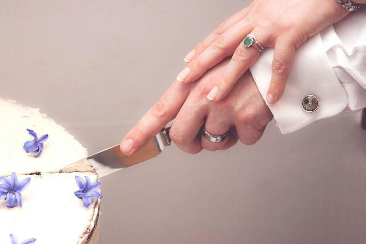 Wedding Photography Cake Cutting The Cake Wedding Rings Marriage
