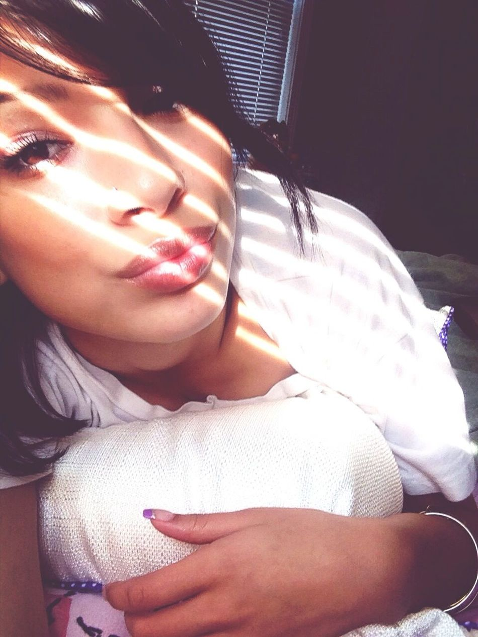 Eye Sun Creeping In Love