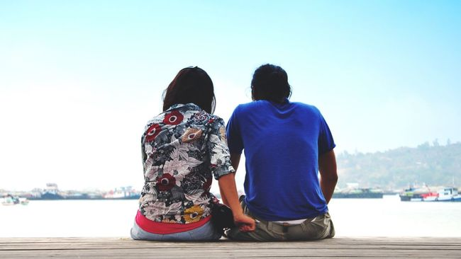 My Followers My Following The Following Couple Travel Future Dating Asiancouple People Of The Oceans Showcase June Future Honeymoon Love Sit And Talking Sharing  Two Is Better Than One People And Places