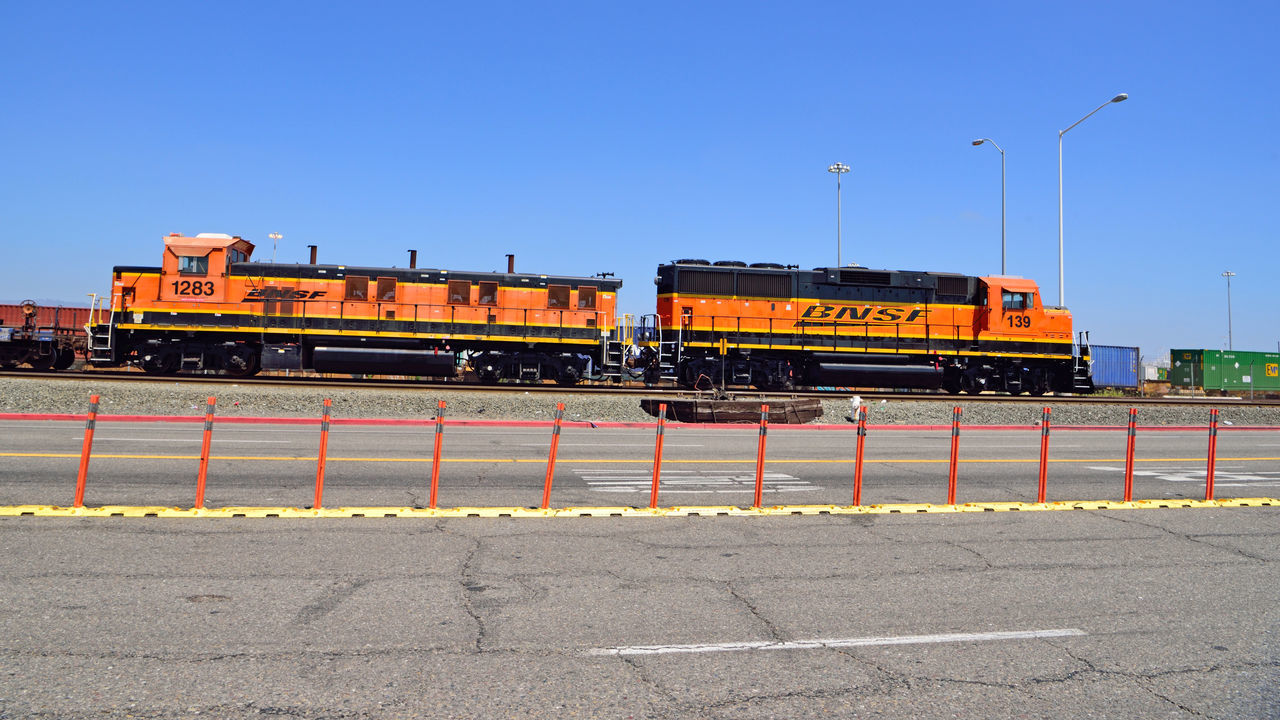 BNSF Locomotive 1 Railway Port Of Oakland, Ca. 2nd Largest Freight Railroad In North America Burlington Northern & Santa Fe Railway Merged 1996 To Form BNSF Railway Railroad History Dates To 1849 Headquarters Ft.Worth Tx. Length Of Network: 32,500 Miles 28 States 3 Canadian Provinces 44,000 Employees 40 Ports 8,ooo Locomotives 1,600 Trains Per Day Transports Agricultural,consumer,industrial Products And Coal Owner : Berkshire Hathaway Inc. Train_lovers Locomotive Paint Scheme : Heritage III Railroad _collection Railroad Photography Locomotive Engine Tracks Port ContainersMiddle Harbor