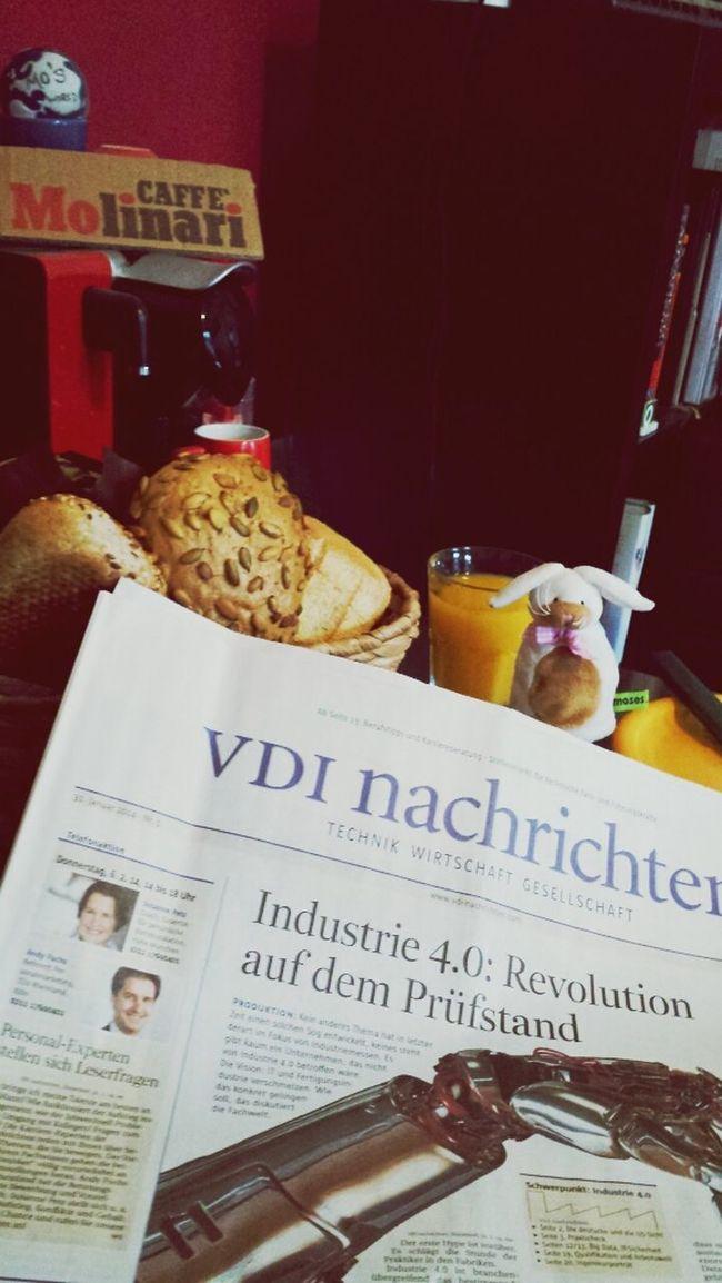 Breakfast Time Industrie4.0 Bitstars Caffè search for Mos ;)