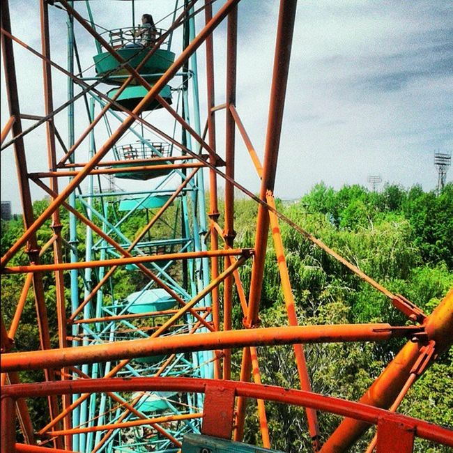Photo_by_vs VSCO Cool Like Follow VSCAM Vscamera Bishkek City Ferris Wheel Like_it Beautifulday Sunny Day Spring Time Sky Niceweather