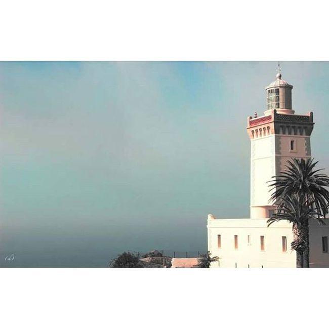 Dosaguas Capspartel Tanger  Mediterraneansea Atlanticocean Meet Rencontre DetroitDeGibraltar Mermediterranee OcéanAtlantique Morocco Maroc Trip Roadtrip Lighthouse Phare Voyage Adventure Aventure Travel