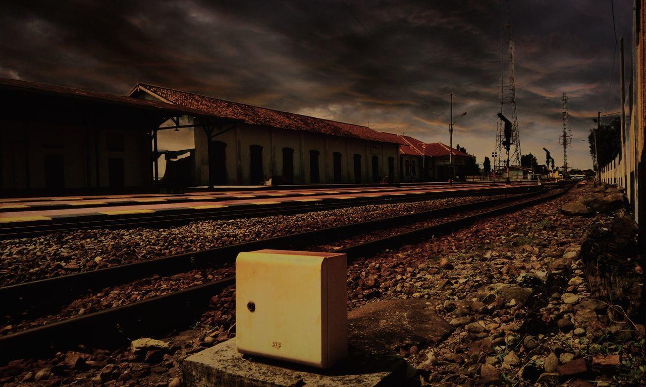 Statsiun Solo Balapan. Taking Photos Train Subwayphotography Subway Subwayindonesia Newbie ✌ Newbie Newbie! Horor First Eyeem Photo