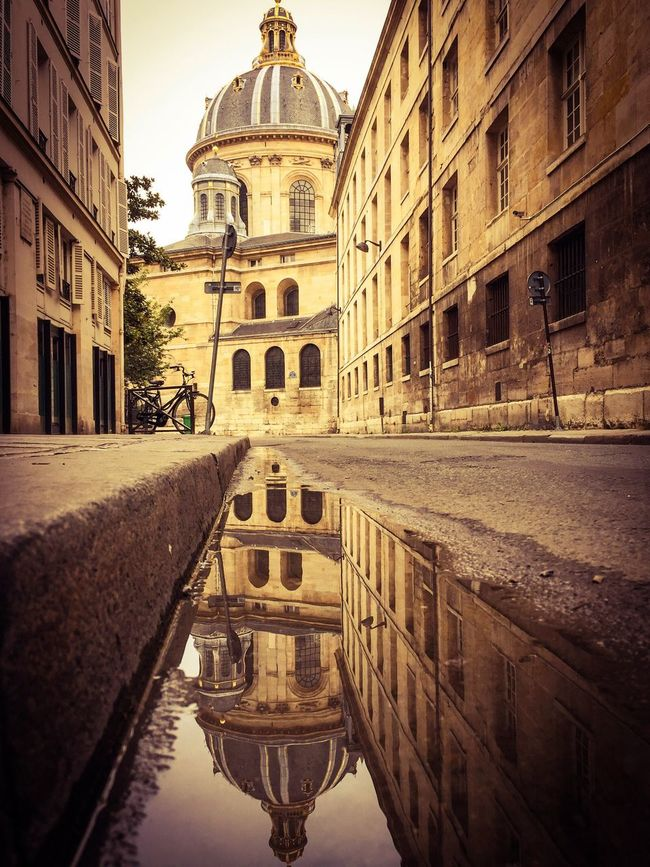 When all you have is your iPhone! Bonsoir Paris! Architecture Building Exterior Reflection Water Paris ❤ EyeEm Best Shots Photooftheday Parisweloveyou Autumn