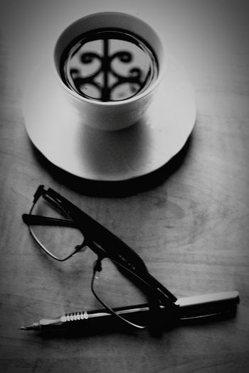 Day Coffee Break Coffee Cup Indoors  Relaxing Enjoying Life Drink Freesale Coffee Time That's Me Tea Indoors  Hi! Hello World Smile