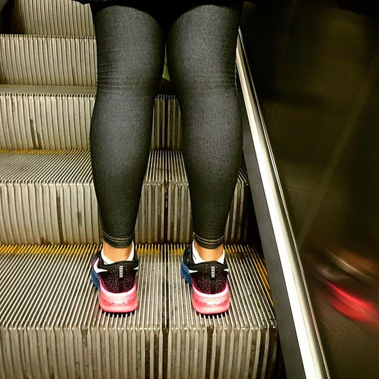 Legs on the Escalator Metro Fashionable Woman Pictureoftheday Followme Offsetartist Milanocityufficiale