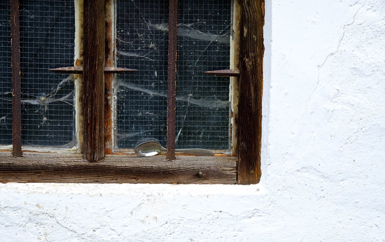 Architecture Building Exterior Built Structure Close-up No People Outdoors Spoon Spoonful Window Wood - Material