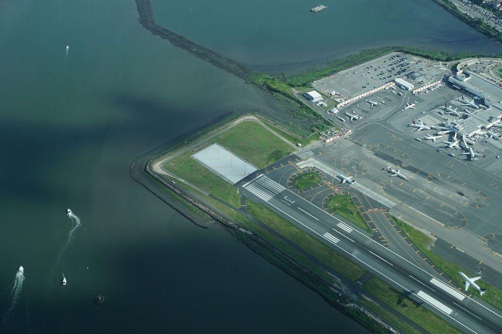 LaGuardia Airport 4840556