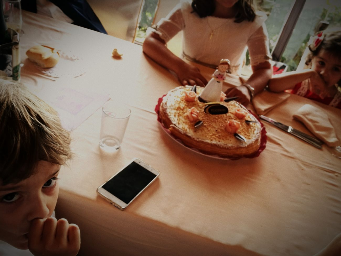Comunion Cakelovers Cake♥ Family❤ Friendship Table Family Time FAMILIA♥ Sweet Food Domestic Life Food And Drink Real People Cafe Lifestyles First Eyeem Photo