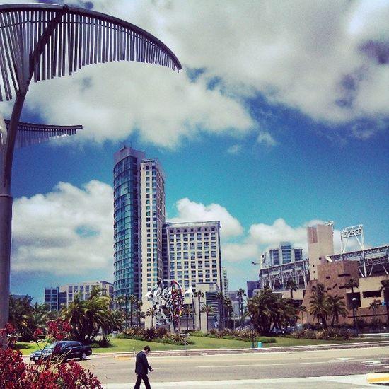 San Diego  Hilton Downtown Photography Beautifulview lastdayhere @noeksr @vapegirl19