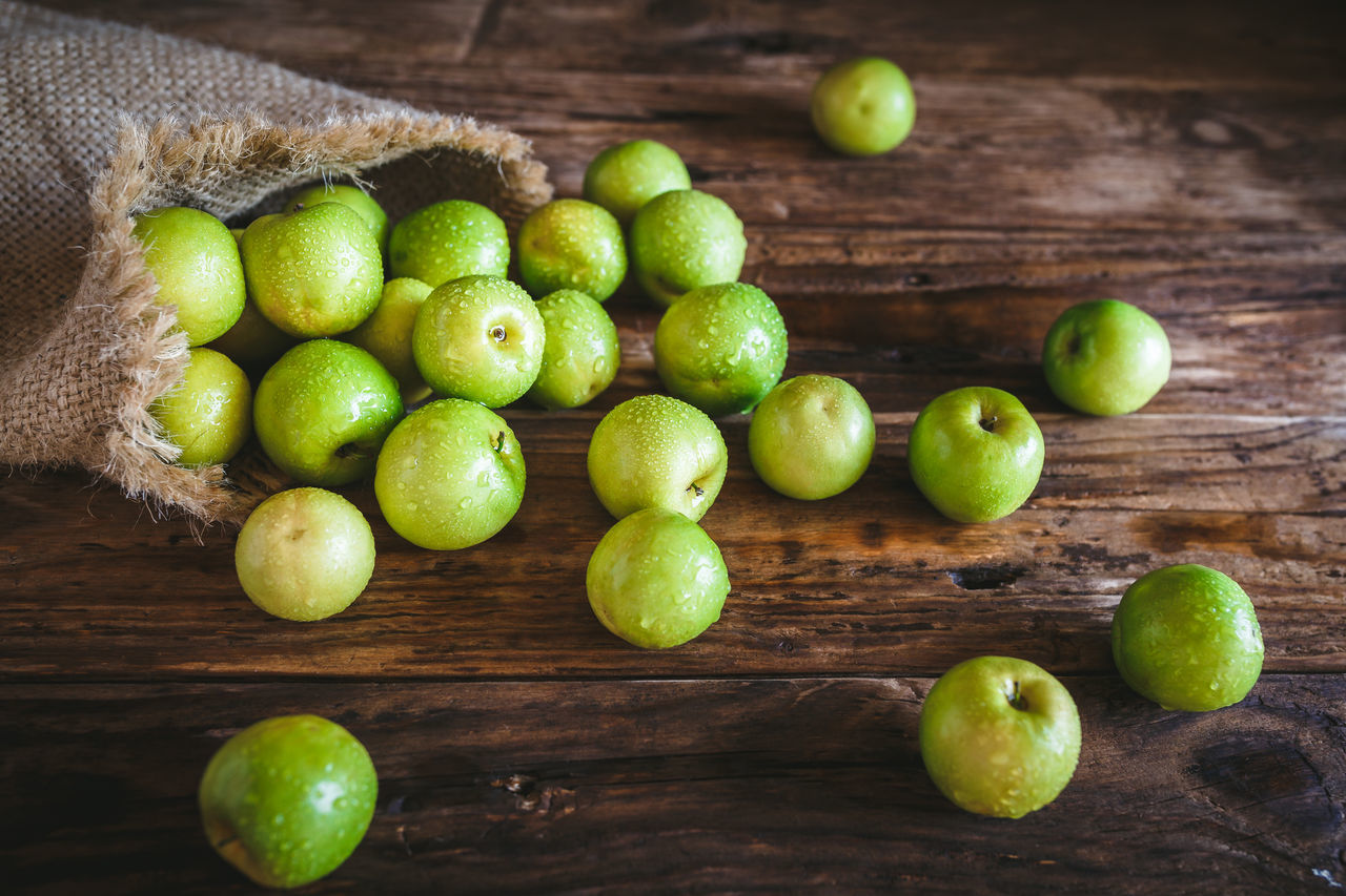 Beautiful stock photos of granny, Apple - Fruit, Day, Food, Food And Drink