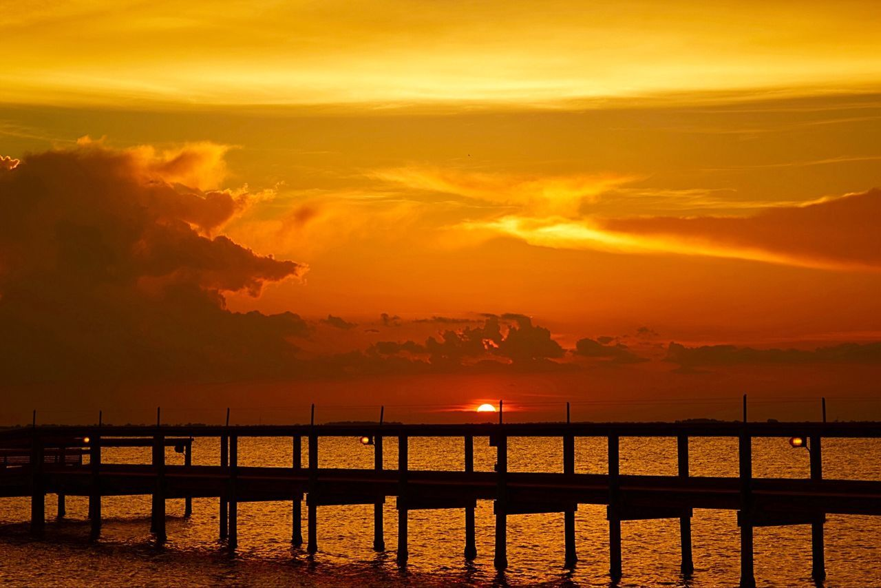 Cocoa Beach Sun Going Down Pier River Sunset Clouds And Sky Hello World Taking Photos Landscape Florida Clouds Florida Sunset My View No People Landscape_photography What I See Showcase April The Essence Of Summer