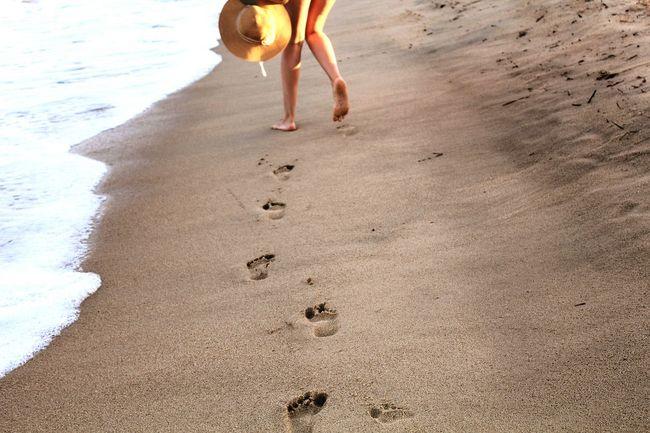 Footsteps in the sand Footsteps Footsteps In The Sand Sand Beach Greece Sarti Waves Waves Crashing Legs Girl Girl Walking On The Beach Canonphotography Eos1200d Hat Yellow Hat Walking Away Walking