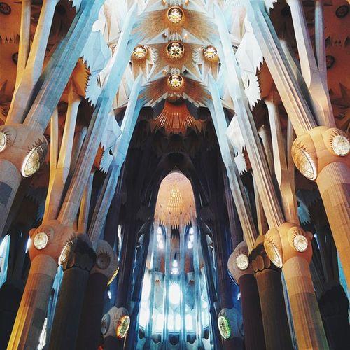 Interior de La Sagrada Familia. CaminandoBarcelona
