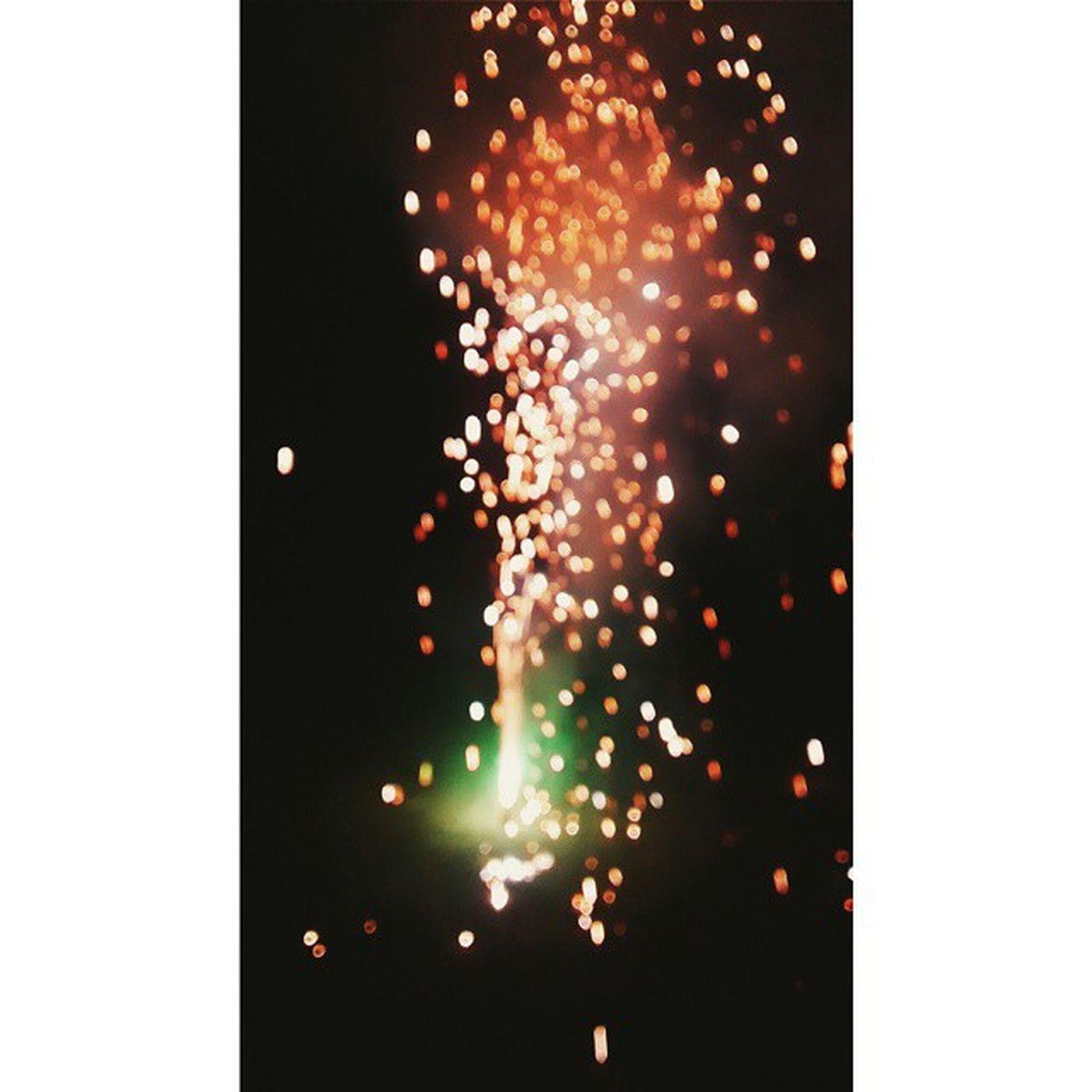 Happy Diwali Instagrammers..!!???? Happydiwali Instagtam DiwaliNights LightAndSound Crackerssomanycoloursvscogridvscolovevscoindiavscosocietyvscocamigerspictureperfectblurhappypeoplesempiternal.