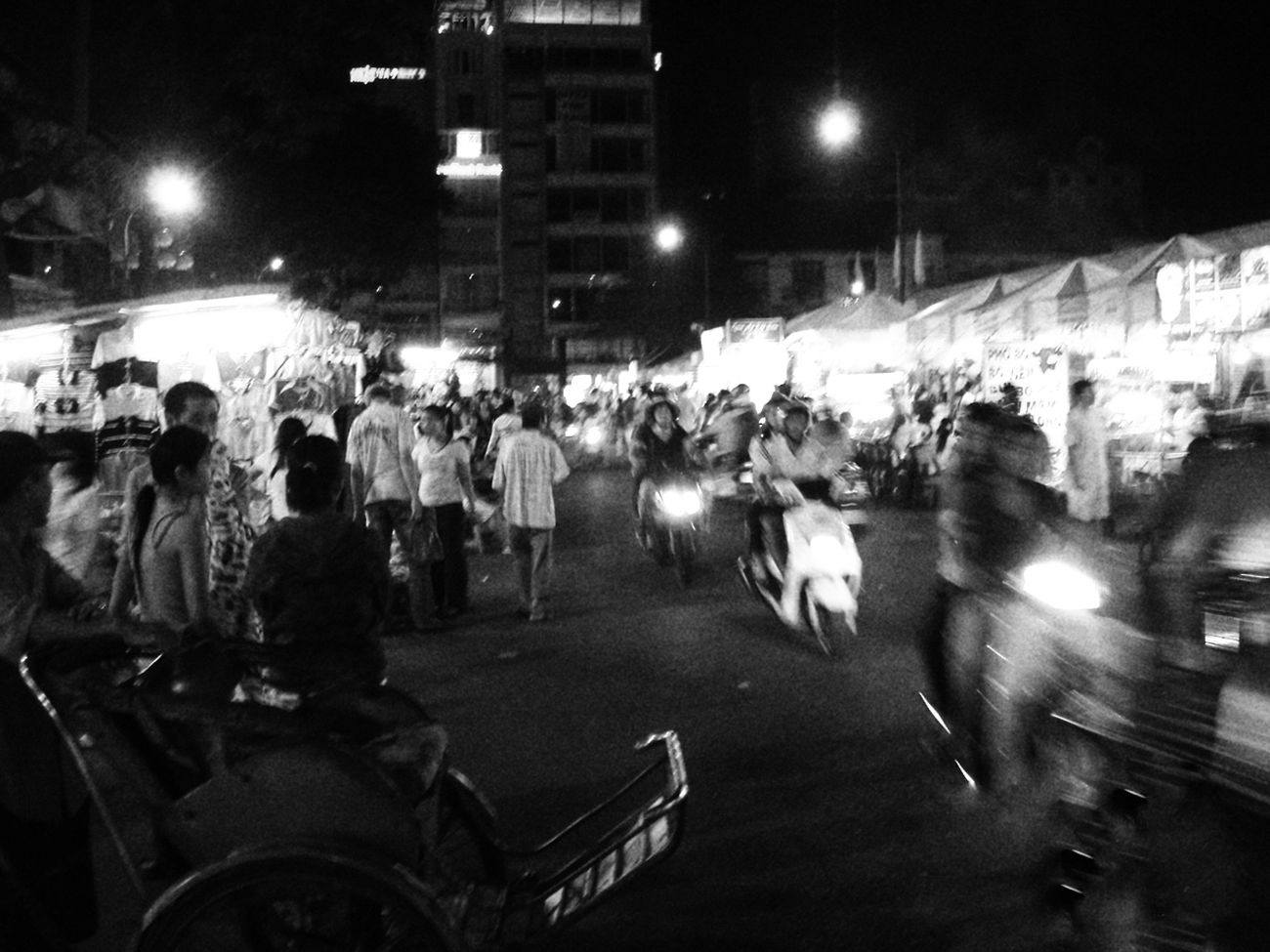Night Nightlife World Traveller Cityscape Street Photography Travel Photography City Life EyeEm Best Shots Monochrome_Photography Monocrome Photography Vietnam Street View Vietnam Night Market